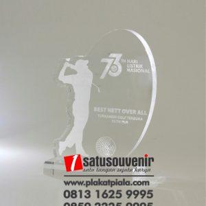 Trophy Golf Akrilik Turnamen Golf 73 Tahun Listrik Nasional - Penghargaan Akrilik